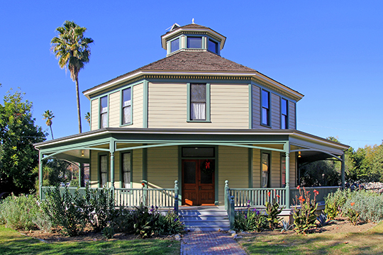 Longfellow-Hastings Octagon House, ca. 1893, 85 S. Allen Avenue, Pasadena, CA, National Register