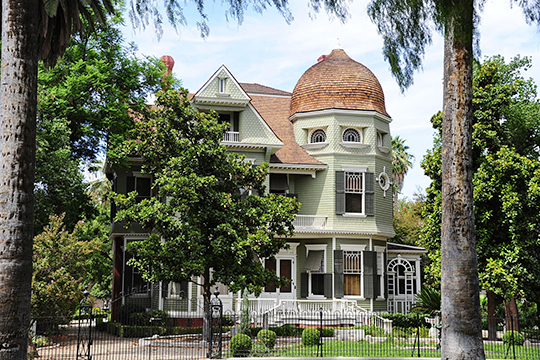 Heritage House (Bettner-McDavid House), ca. 1891, 8193 Magnolia Avenue, Riverside, CA, National Register
