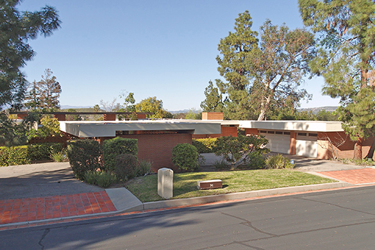 Case Study House No. 28, ca. 1966, 91 Inverness Road, Thousand Oaks, CA, National Register