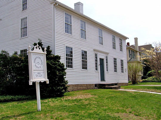 Miles Lewis House (American Clock and Watch Museum), ca. 1801, 100 Maple Street, Federal Hill Historic District, Bristol, CT, National Register