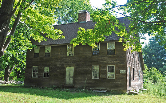 Jonathan Brace House, ca. 1730, Burlington-Harmony Hill Roads Historic District, Harwinton, CT, National Register