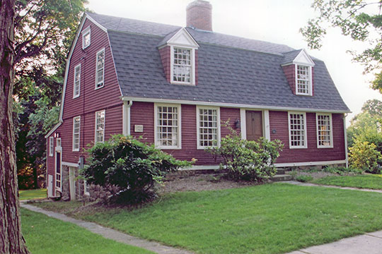 Riley-Gridley House, ca. 1780, Main Street Historic District, Cromwell, CT