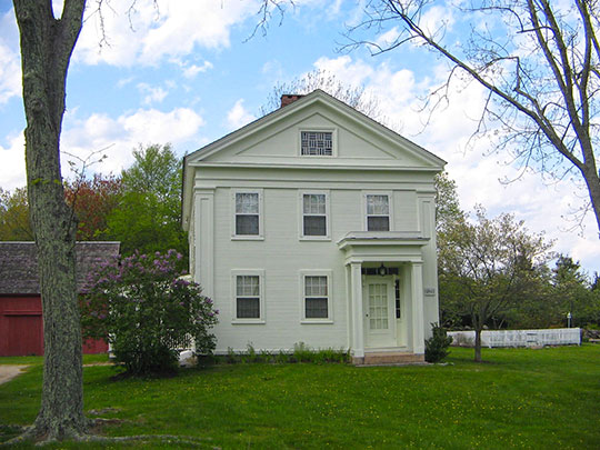 Thomas Avery House (also known as the Smith-Harris House), ca. 1845, Society Road, East Lyme, CT, National Register