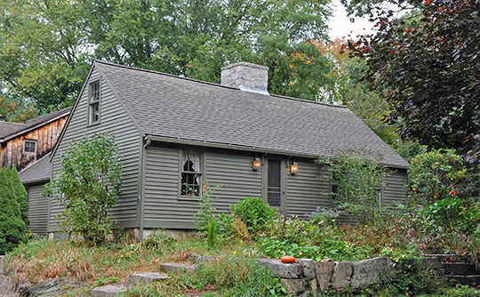 Home on Packer Road, ca. 1750, Burnetts Corner Historic District, Groton, CT, National Register