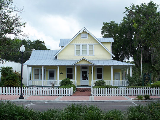 Captain Harold B. Jeffries House, ca. 1911, 38537 Fifth Avenue, Zephyrhills, FL, National Register