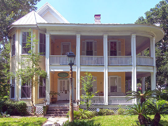 Thomas R. Pierce House, ca. 1895, 202 West Noble Avenue, Bushnell, FL, National Register