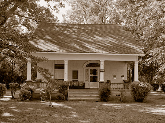 Ernest E. Hary House, ca. 1916, 4828 West Fayetteville Road, College Park, GA.
