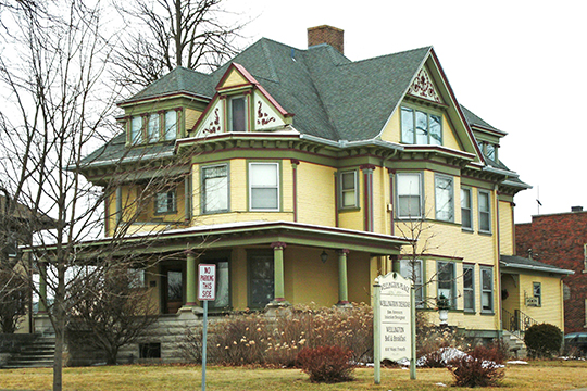 Henry Weis House, ca. 1902, 800 West 4th Street South, Waterloo, IA, National Register