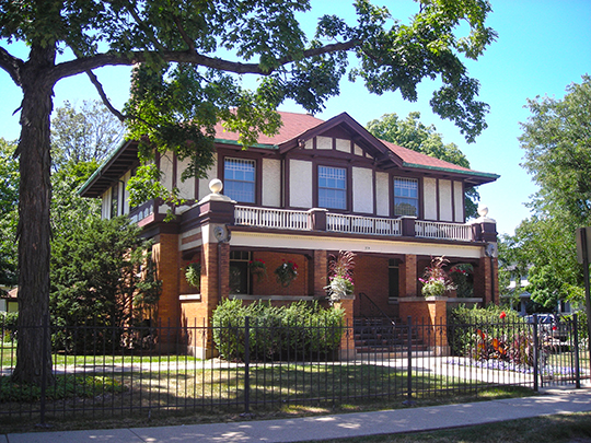 Nathaniel Moore Banta House, ca. 1908, 514 North Vail Avenue, Arlington Heights, IL, National Register