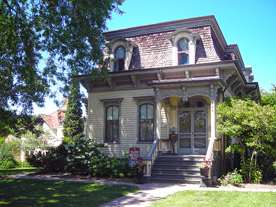 George Clayson House, ca. 1873. 224 East Palatine Road, Palatine, IL. ,Cook County,National Register