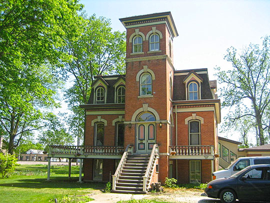 von KleinSmid Mansion, ca. 1865, 218 West Center Street, Sandwich, IL.
