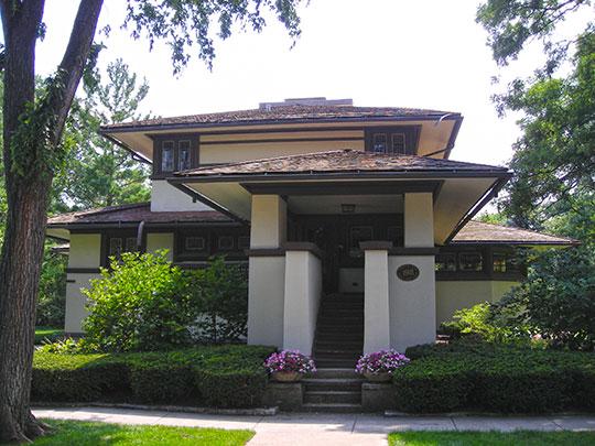 Frank B. Henderson House, ca. 1901, 301 South Kenilworth Avenue, Elmhurst, IL. Frank Lloyd Wright, National Register
