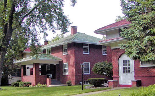 Homes in the Cedar Crest Addition Historic District, McLean, IL, National Register
