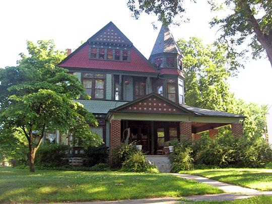 Lyman M. Brackett House, ca. 1884, 328 W. Ninth Street, Rochester, IN, National Register