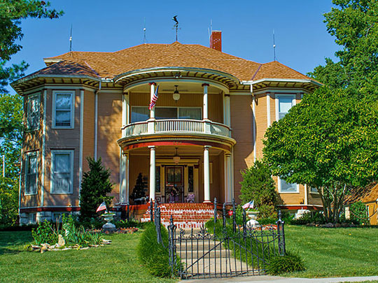 Franklin R. Lanter House, ca. 1901, 562 West Park Street, Olathe, KS, National Register.