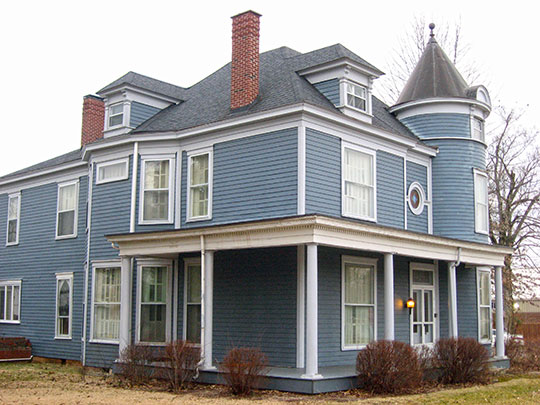 Hunter House, ca. 1886, 118 West Walnut Street, Leitchfield, KY, National Register