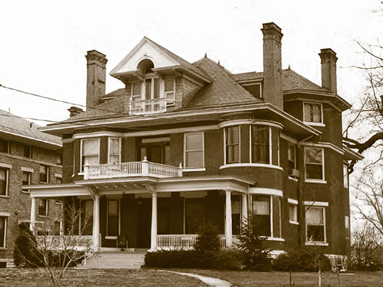 Holmes House, ca. 1894, 111 Wallace Avenue, Wallace Woods Area Residential Historic District, Covington, KY, National Register
