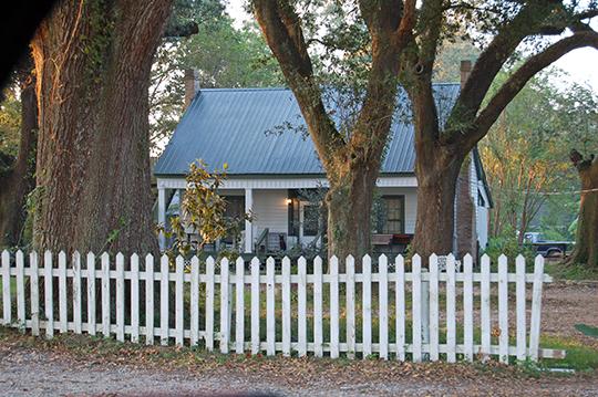 Dixon House, ca. 1850, 38127 Highway 42, Prairieville, LA, National Register