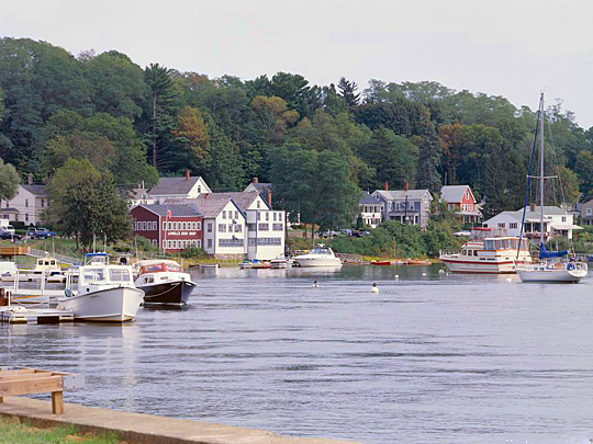 Shops along the Merrimack River, Lowell's Boat Shop, 459 Main Street, HAER MA-153, Amesbury Town, Essex County MA