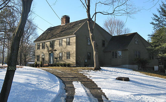 Hart House, ca. 1695, 172 Chestnut Street, Lynnfield, MA, National Register