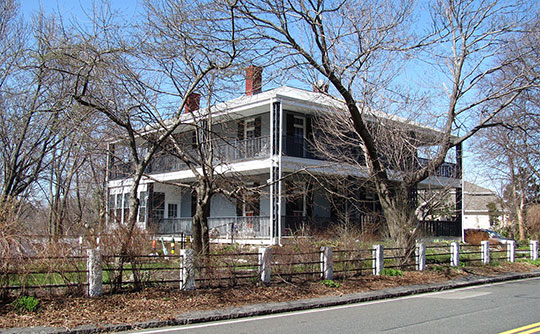 Henry Cabot Lodge House, ca. 1820, 5 Cliff Street, Nahant, MA, National Historic Landmark