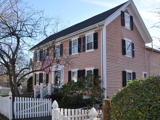 James Smith House, ca. 1730, 706 Great Plain Avenue, Needham, MA, National Register