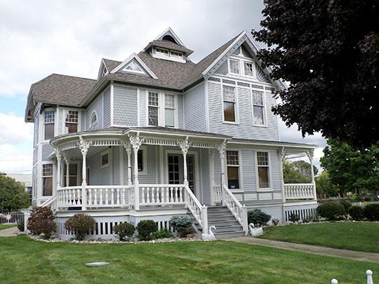Morris A. Knight House, ca. 1880s, 1105 Church Street, Flint, MI, National Register