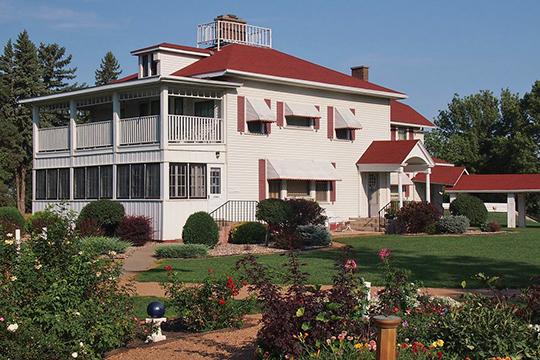 Gilfillan Estate farmhouse, ca. 1882, Route 67, Redwood Falls, MN, National Register