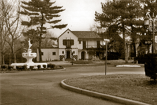 Country Club Drive and Roland Boulevard, Pasadena Hills, MO, National Register