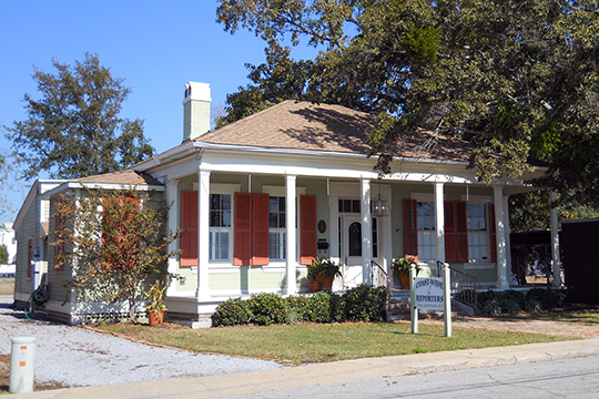 Clemens House, ca. 1850, 764 Water Street, Biloxi, MS, National Register