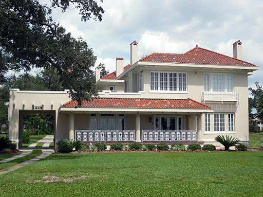 G. B. Dantzler House, ca. 1924, 1238 East Beach Boulevard, Gulfport, MS, National Register
