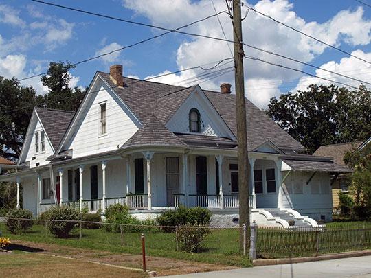 DeJean House, ca. 1906, 3434 Pascagoula Street,  Pascagoula, Mississippi, National Register