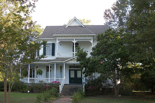 Charles F. Smith House, ca. 1900, 140 East Semmes Street, Canton, MS, National Register