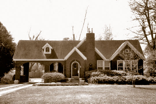 Home on Church Street, ca. 1940, Batesville Historic District, Batesville, MS, National Register