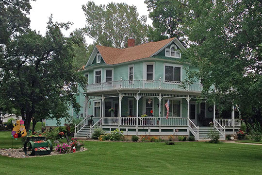 Tufveson House, ca. 1900, 426 4th Avenue NW, Minot, ND, National Register
