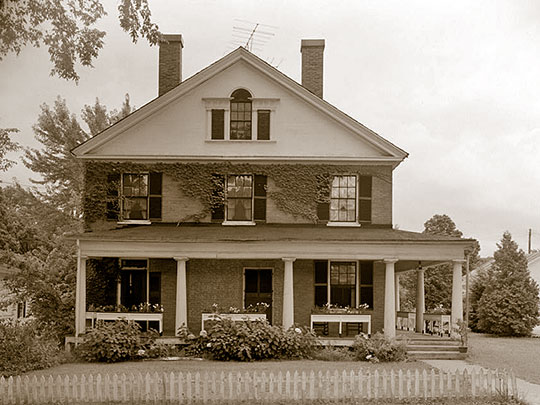Rodney Wing House, ca. 1840, Westminster Street, Walpole, NH