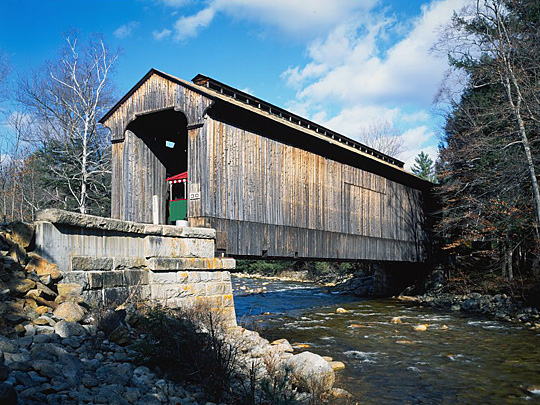 Clark's Bridge spanning the Pemigewasset River
