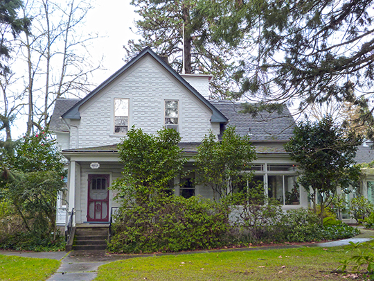 John F. and John H. Broetje House, ca. 1890, 3101 SE Courtney Avenue, Milwaukie, OR, National Register