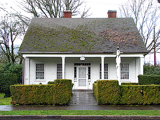 Dr. Forbes Barclay House (ca. 1849), 719 Center Street, Oregon City, OR, National Register