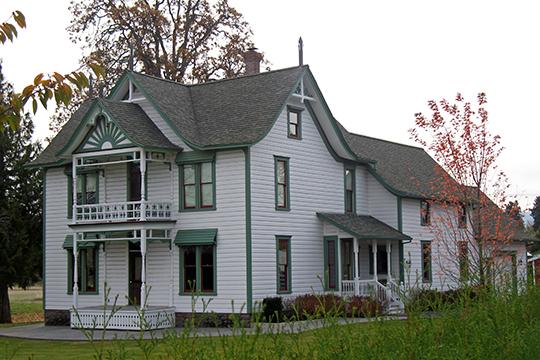 Miles B. & Eleanor Potter House (Wild Rose Farm), ca. 1885, 4095 Belmont Dr, Hood River, OR, National Register