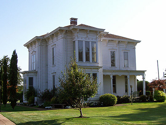 John and Amelia Brown Farmhouse, ca. 1876, Route 228, Brownsville, OR, National Register
