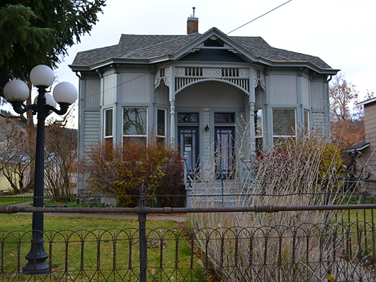 W. J. Townley House, ca. 1892, 782 North 5th Street, Union, OR, National Register