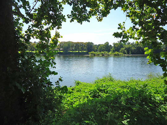 View of Delaware River from New Jersey side of Washington Crossing Park