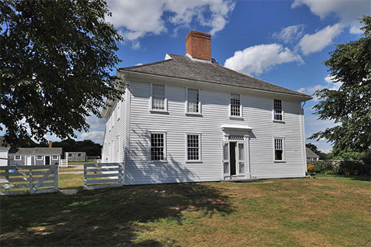 Main Farmhouse, ca. 1725, Silas Casey Farm, North Kingstown, RI, National Register