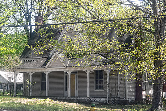 Buchanan House, ca. 1880, Vernon Street, Decatur, TN, National Register