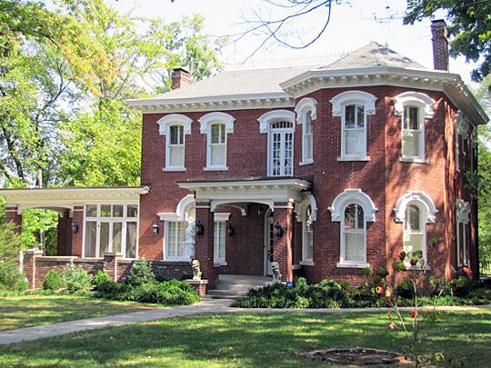 Johnson-Hach House, ca. 1877, 403 Greenwood Avenue, Clarksville, TN