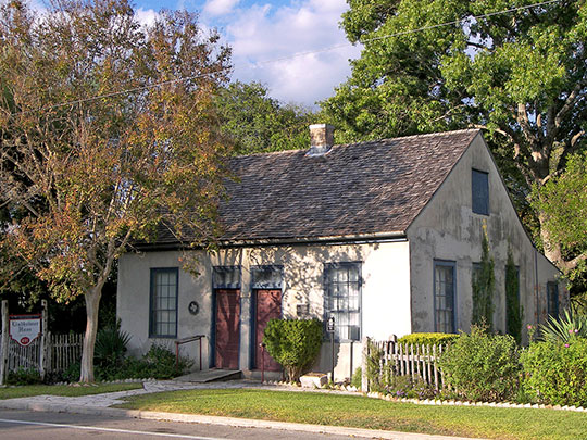 Lindheimer House, ca. 1852, 489 Comal Avenue, New Braunfels, TX, National Register