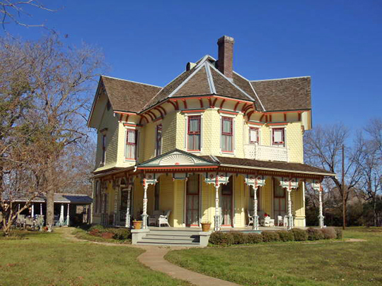 William Lewis House, 1201 E Marvin Avenue, Waxahachie, TX 75165