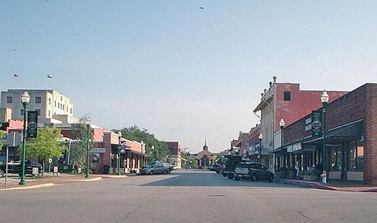 North Main Street, Simonton Street, Conroe, TX