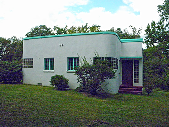 Azurest South, ca. 1938, 2900 Boisseau Street, Petersburg, VA, National Register, International Style